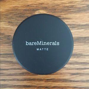 Bare Minerals Matte Medium Beige powder foundation